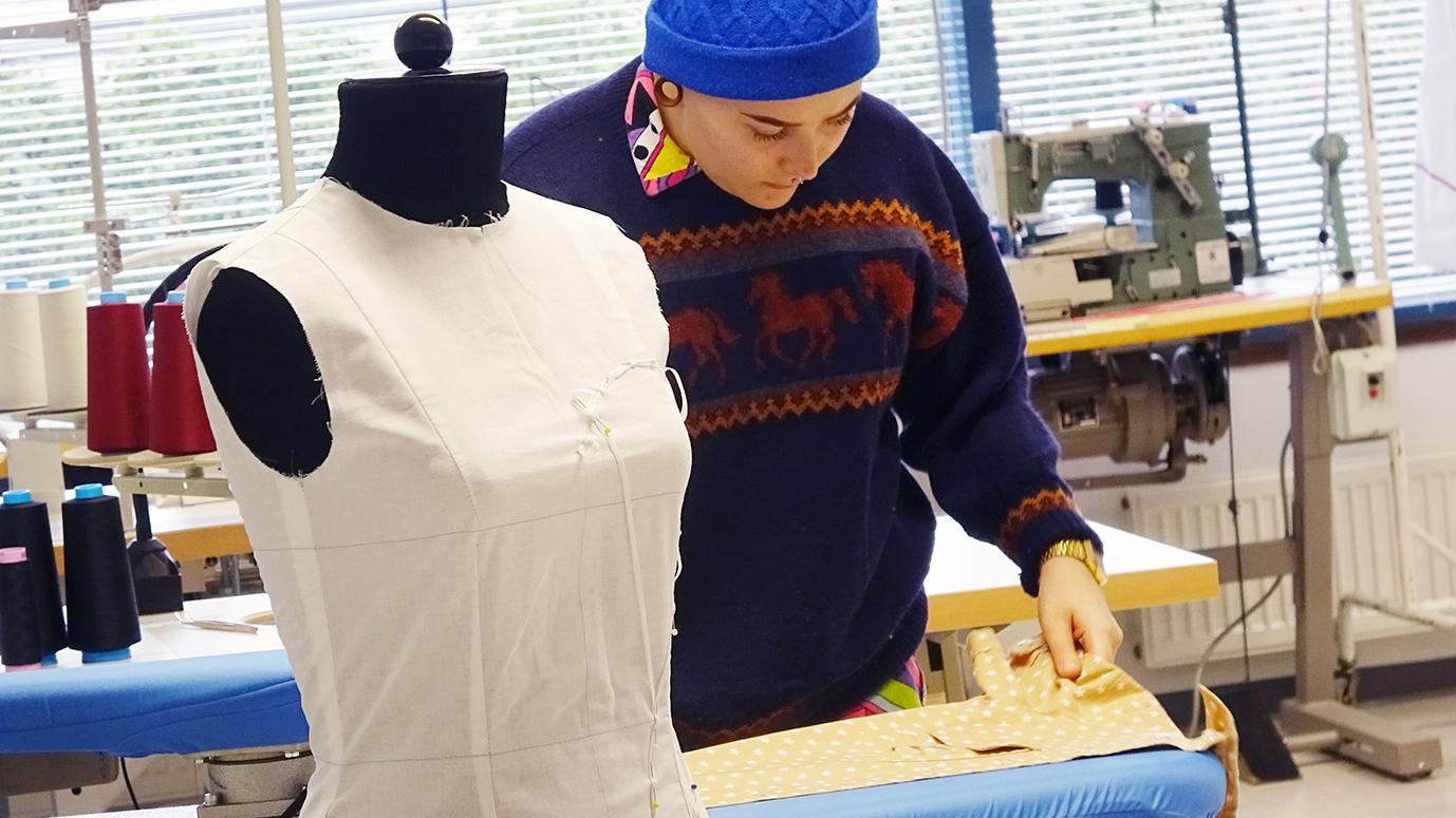 Tekstiili- ja muotialan koulutukset Rasekossa