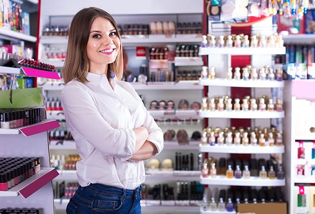 Myyntityö ja asiakaslähtöinen palvelu hius- ja kauneudenhoitoalalla